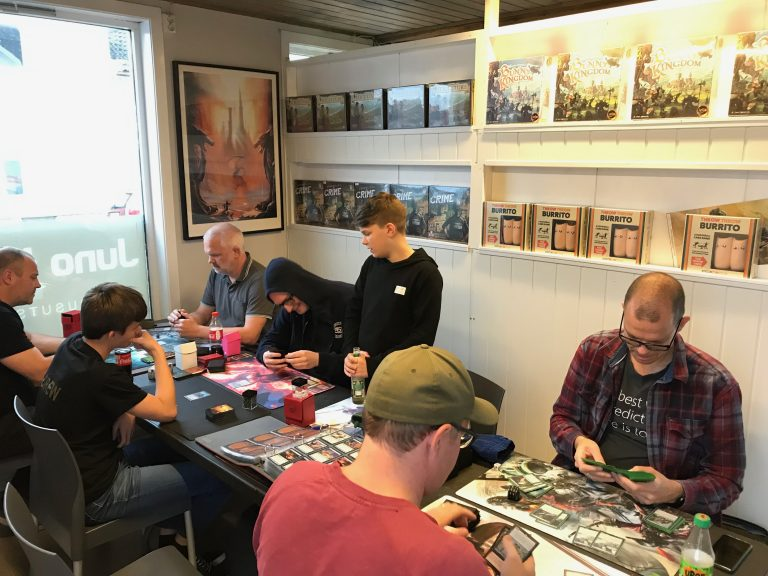 Spilltinget arrangerer ukentlige arrangementer eller aktiviteter innenfor Magic the Gathering.